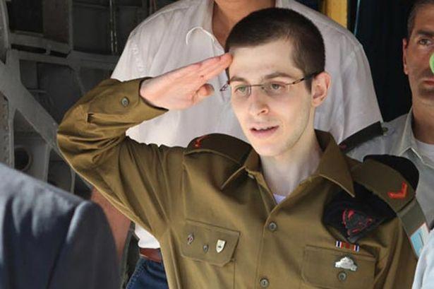 gilad-shalit-salutes-for-israeli-prime-minister-benjamin-netanyahu-pic-getty-458867366-86447