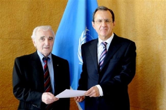 aznavour-parle-pour-l-armenie-a-l-ONU