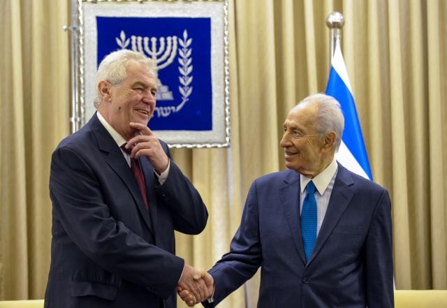 MIDEAST-JERUSALEM-ISRAEL-SHIMON PERES-CZECH-MILOS ZEMAN-MEETING