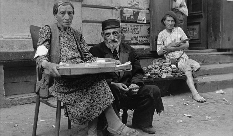 Cliché n°7 - Ghetto de Varsovie, été 1941. Photo: Willy Georg. © United States Holocaust Memorial Museum.