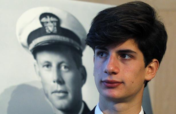 Jack Kennedy Schlossberg Le Petit Fils Juif De Jfk En