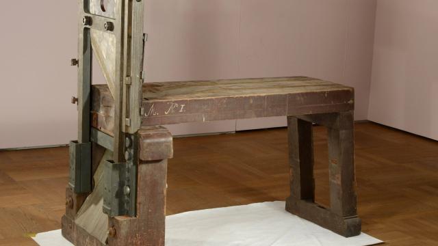 la-guillotine-retrouvee-aurait-servi-executer-des-resistants