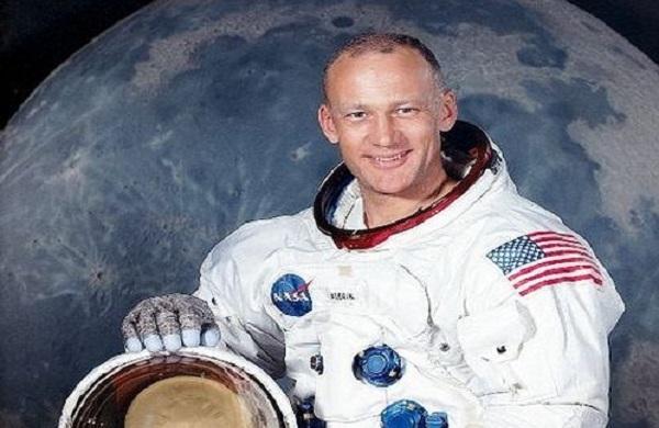 Aldrin8