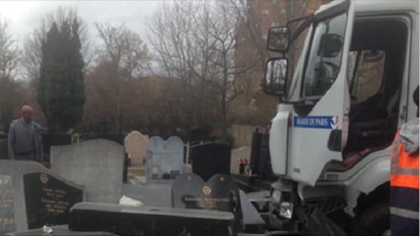 Cimeti re de pantin les photos du camion incrimin jforum for Porte de pantin salon